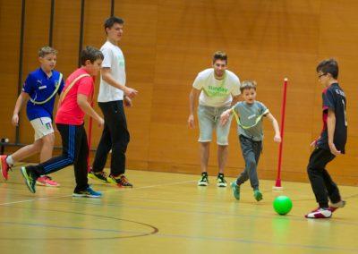 Fussball fasziniert nicht nur die Kleinen